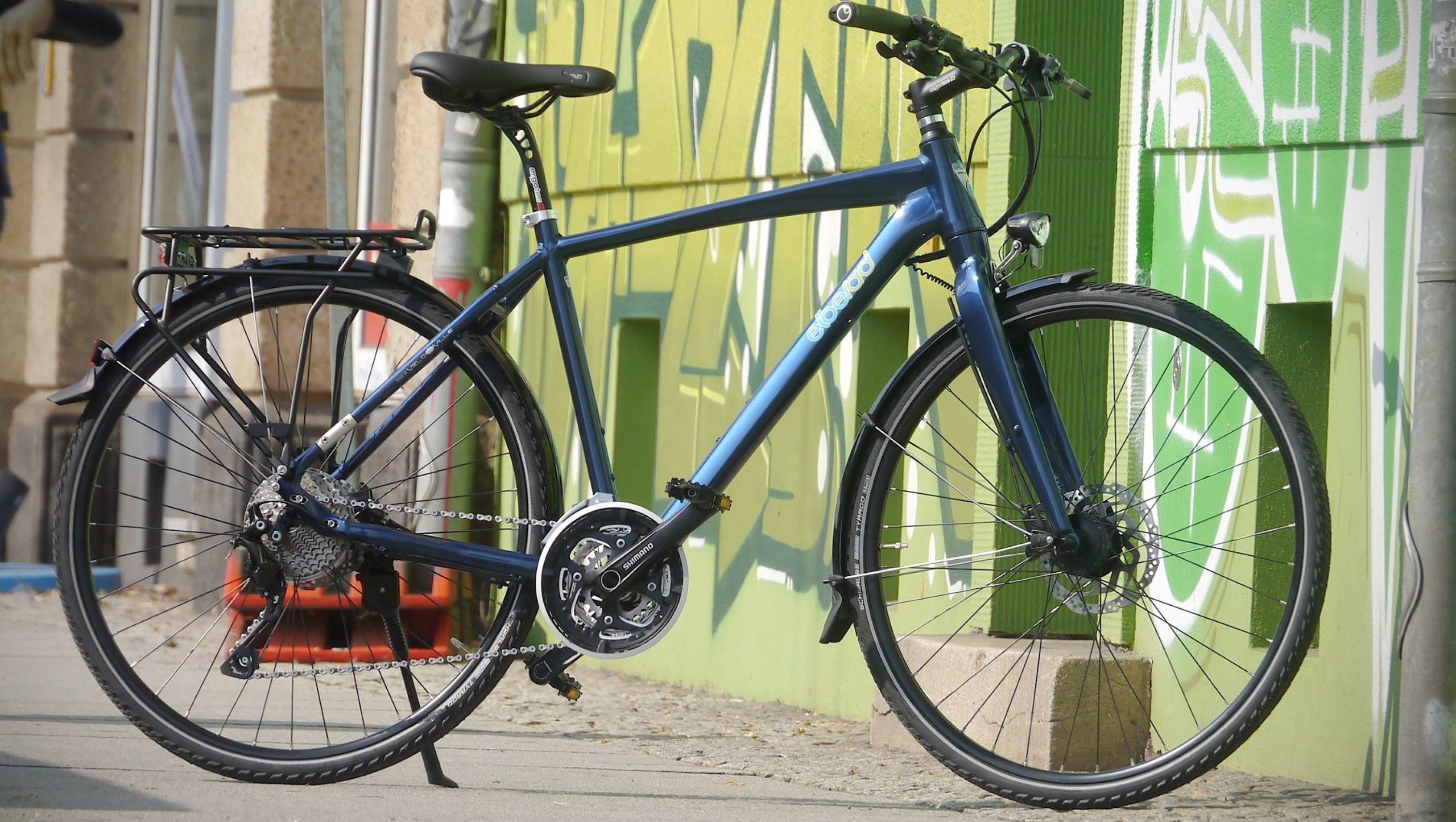 elberad sportiv, sportliches Trekkingrad, nachtblau